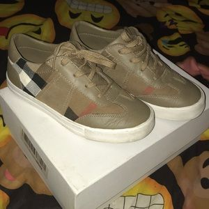 Burberry Youth sneakers